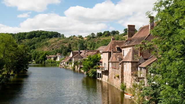 village-medieval-herisson-14