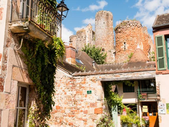 village-medieval-herisson-13