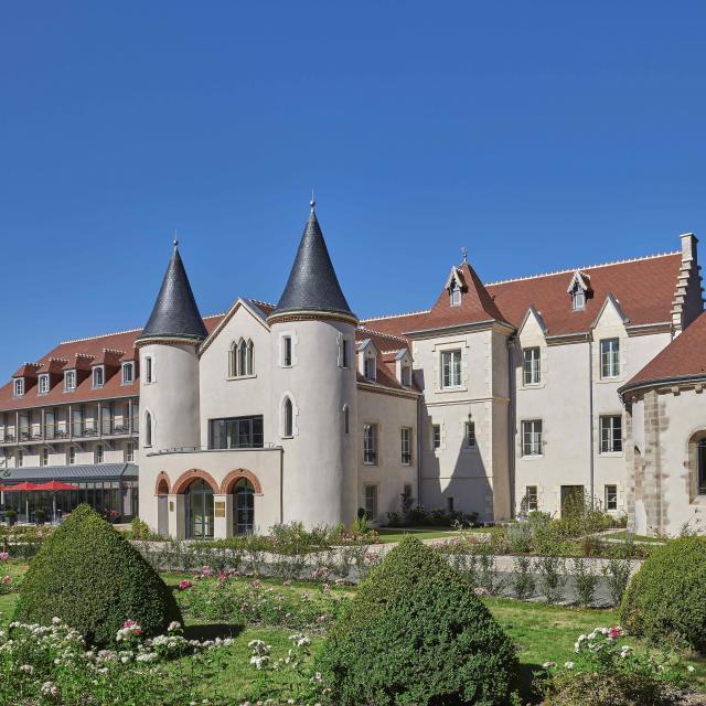 chateau-saint-jean-montlucon-06